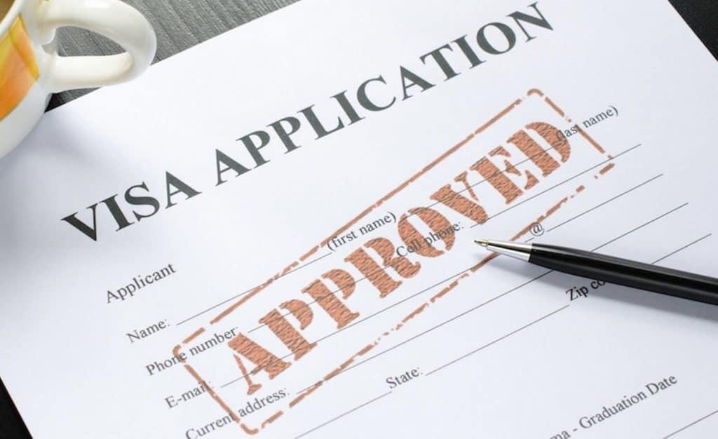 Nhận kết quả phỏng vấn xin Visa châu Âu